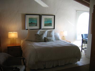 Guest-Bed---Bath~~element5