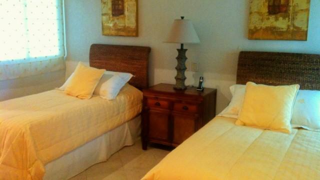 Guest bedroom best